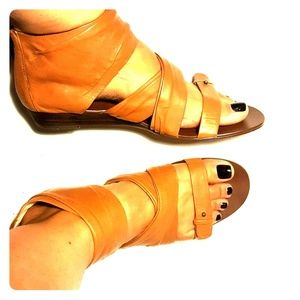 Botique 9 zipup boho flat sandals sz 8.5